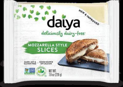 Daiya Mozzarella Style Slices 220g *THT 23.09.2021*